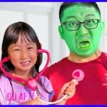 [フロリダさえさな]SaeSana Pretend Play Turns Daddy Different Colors with Fruits and Vegetables!