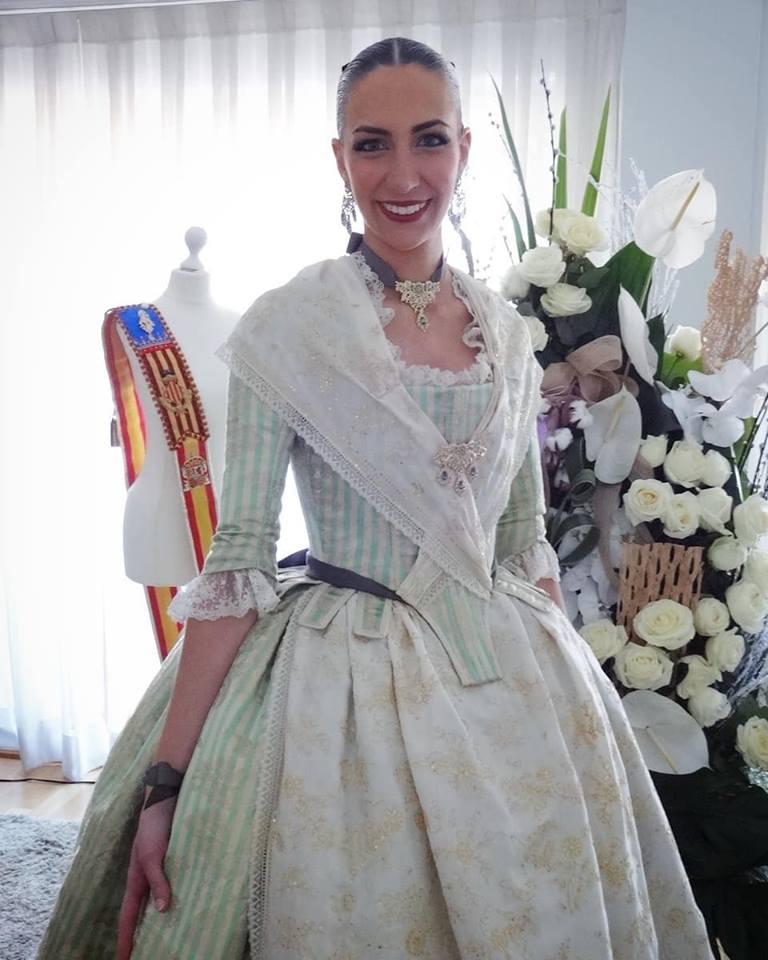 af39bea981 Así vestirán las Cortes de Honor de las Fallas de Valencia 2019
