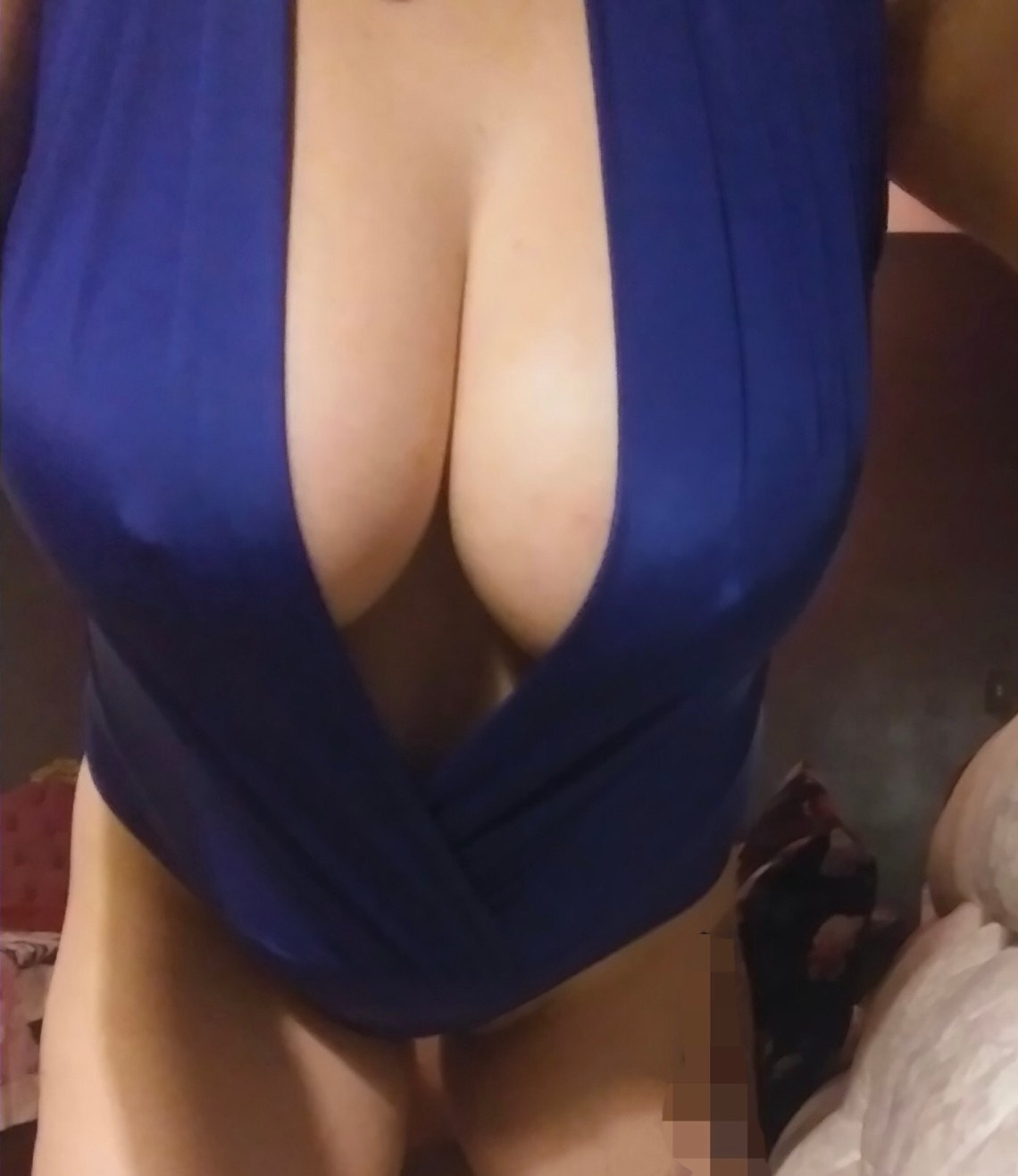 Chubby busty GFE escort Chicago