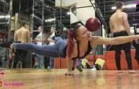 Jimnastikçi Kadınlar Performanslarına Böyle Hazırlanıyor