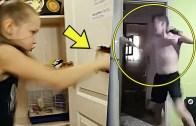Kapılarla Derdi Olan Tuhaf İnsanlar