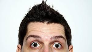 Saçını Beğenmeyince Salonu Dağıtıp Kuaförün Saçını Kesen Çinli Adam