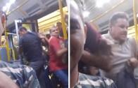 Durağa Yanaşan Metrobüse Zombi Sürüsü Gibi Hücum Eden Kalabalık
