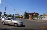 Trafik Canavarlarından İnanılmaz Araba Kazaları