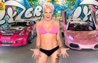 Pink – Amerikalı Şarkıcının Sıra Dışı Hayatı Karşınızda