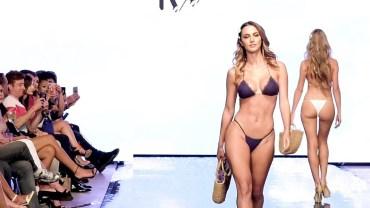 IVY Ürünlerinden Oluşmuş Olan Muhteşem Bikini Defilesi