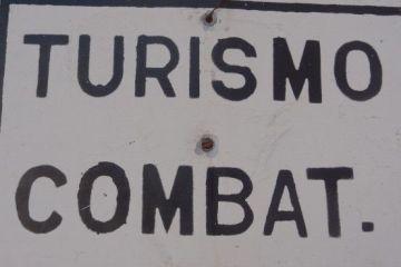 Panneau Tourisme Combat à Bayamo-Cuba