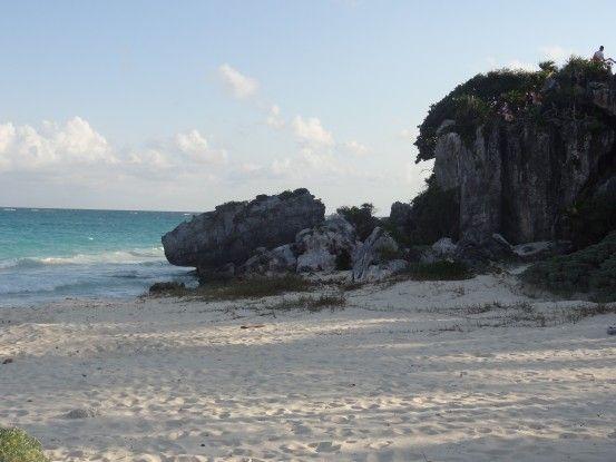 Plage sur le sita Maya de Tulum au Mexique photo blog voyage tour du monde