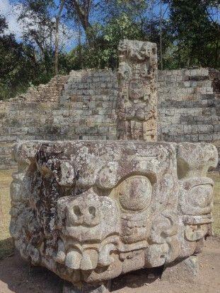 Copan au Honduras inscrit à l'Unesco photo blog voyage tour du monde travel https://yoytourdumonde.fr