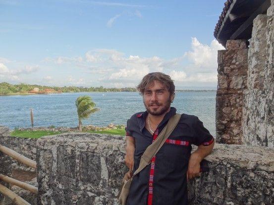 Rio Dulce au Guatemala entre forteresse, fleuve et lac photo blog voyage travel tour du monde https:/yoytourdumonde.fr