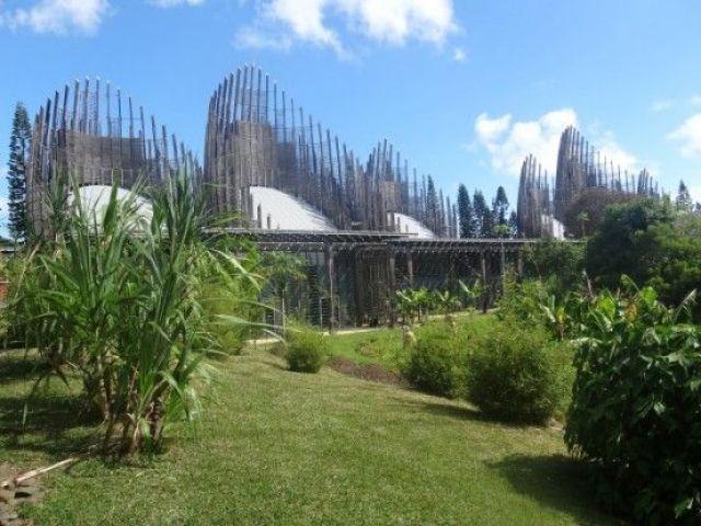 Voyage en Nouvelle-Caledonie: Le Centre Culturel Jean-Marie Tjibaou est exceptionnelle.