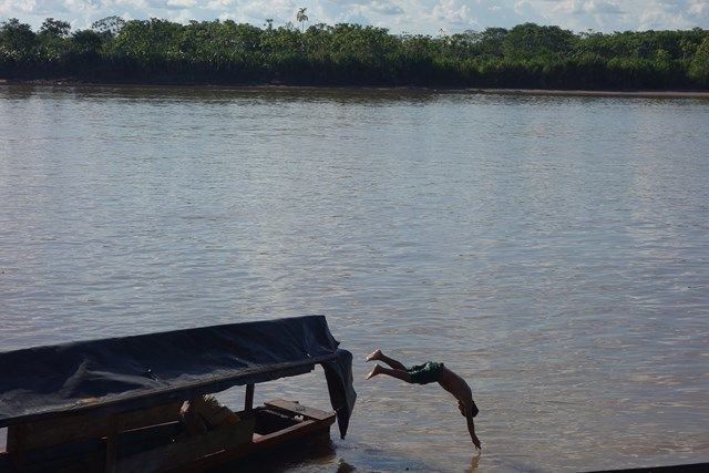 Voyage au Perou- Lagunas: Plongeon dans l'Amazonie