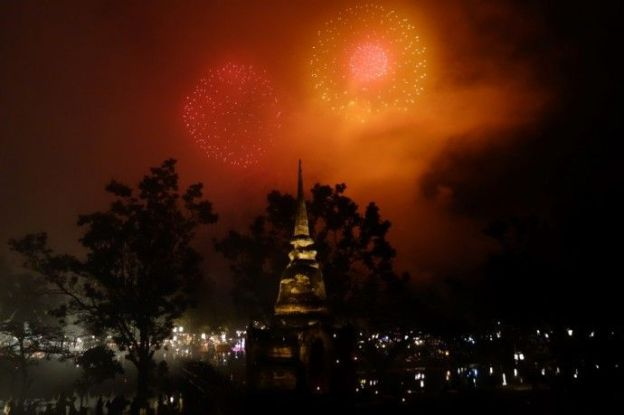bouddha-travel-voyage-unesco-loy-krathong