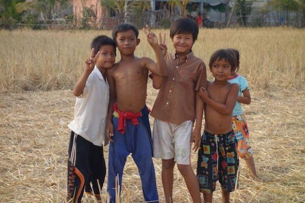 groupe de jeune minorité ethnique blog photo https://yoytourdumonde.fr