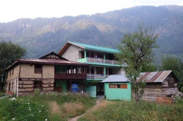 inde-india-travel-voyage-guest-house-apple-view-manali
