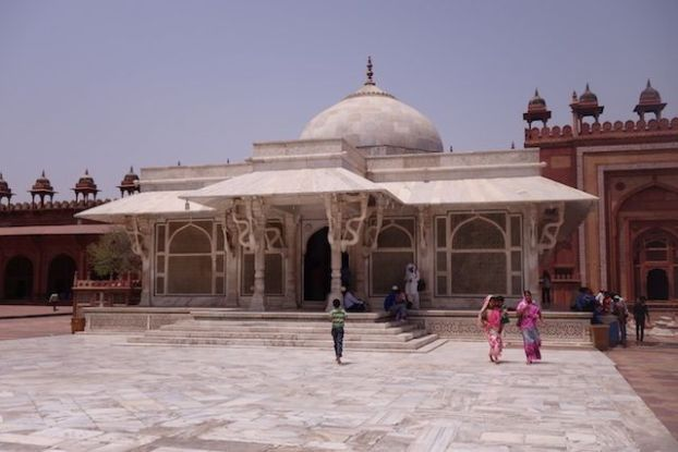 Fatehpur Sikri Mosqué Jama photo blog voyage tour du monde https://yoytourdumonde.fr