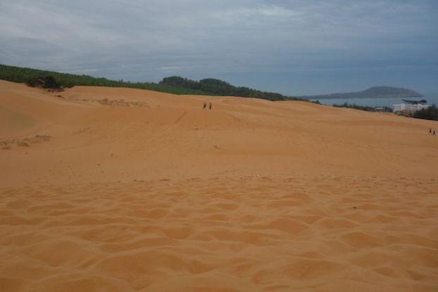 photo du deuxieme desert a quelques kilometre de mui ne dans le sud du vietnam https://yoytourdumonde.fr
