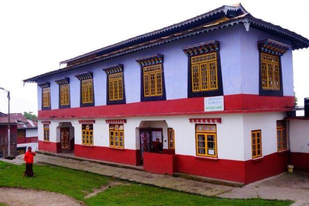 Monastere tibétain du coté de Rabdentse au Sikkim. Photo voyage tour du monde https://yoytourdumonde.fr