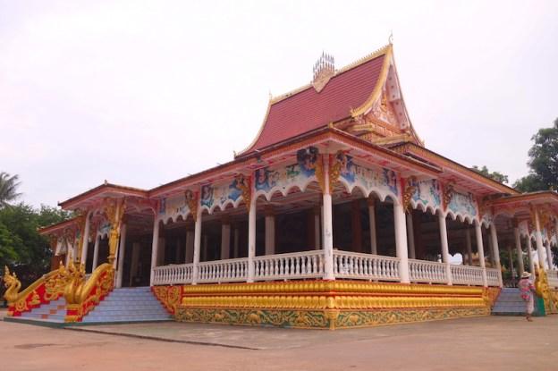Temple bouddhiste photo blog voyage tour du monde https://yoytourdumonde.fr