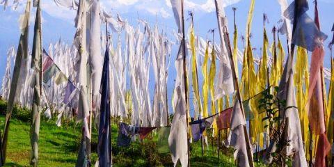 Petit territoire coincé dans l'Himalaya vous allez decouvrir une culture tibétaine tres presente au Sikkim photo blog voyage tour du monde http://yoytourdumonde.fr