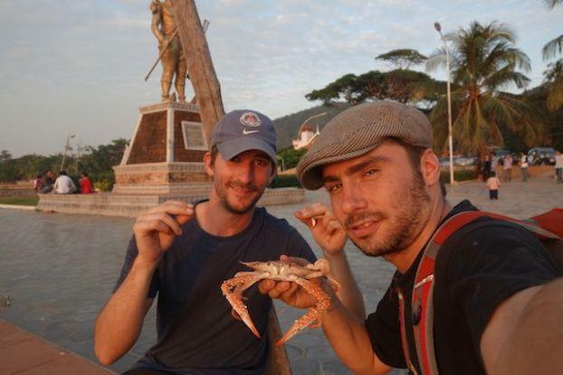 A la decouverte des crabes bleus de Kep au cambodge. A decouvrir sur mon blog de tour du monde https://yoytourdumonde.fr