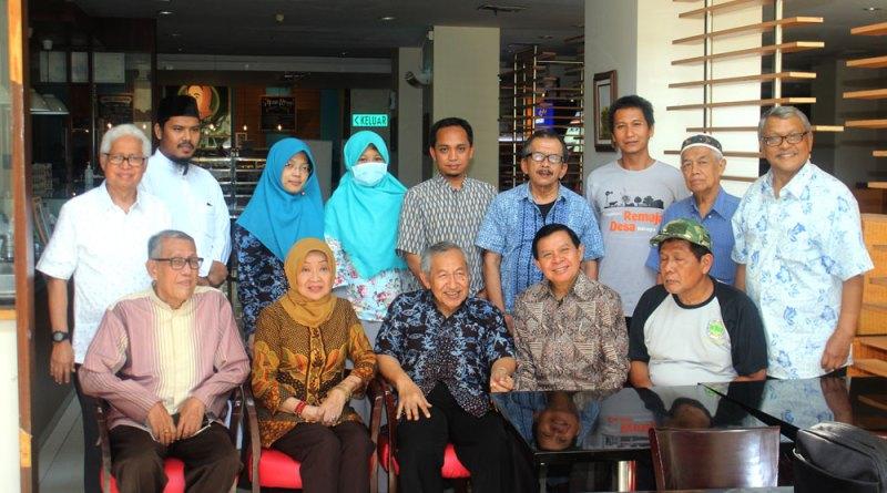 INS Kayutanam Jalin Kerjasama dengan Pelita Desa