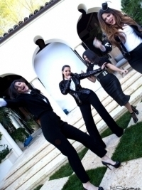 kardashians home video lady marmalade - Kardashian Girls Sing Lady Marmalade