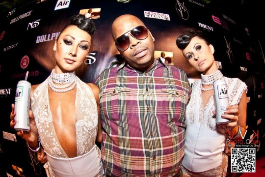 Kenny Kingpin with Air Girls 540x360 - Event Recap: Jimmy Maggette Jr. Birthday Party