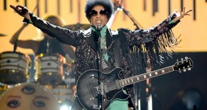 """IMG 1345 - Watch Prince perform """"Let's Go Crazy"""" on the Billboard Music Awards"""