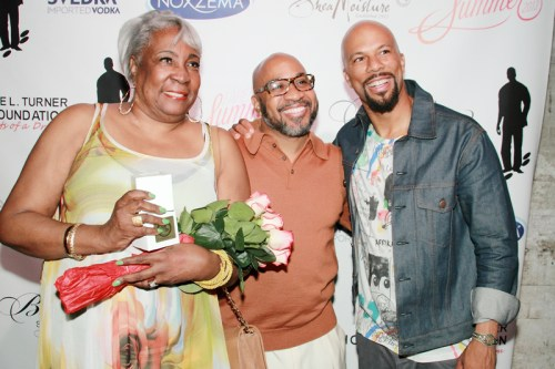 FS1355 - @Common Rocks Brooklyn For A Cousin & A Cause