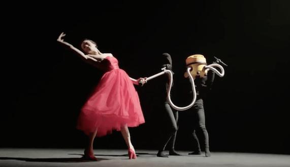tiesto oliver heldens natalie la rose the right song music video 640x426 - Tiësto, Oliver Heldens - The Right Song  ft. Natalie La Rose @OliverHeldens @NatalielaRose @Tiesto