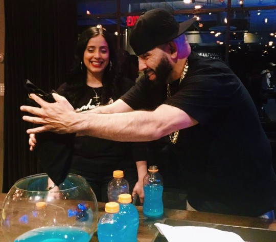Mayor shows Laura Styles the product 540x473 - Event Recap: Crep Protect's U.S. Launch @crepprotect @NeueHouse #CrepProtect