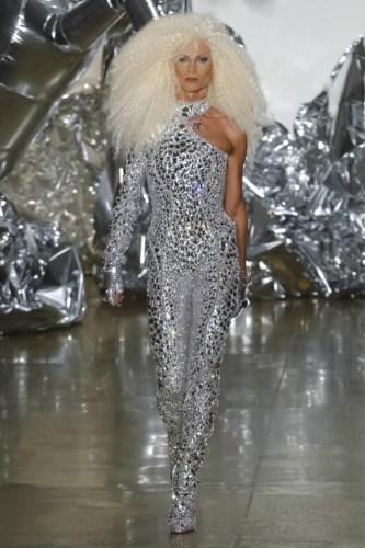 57d60dfeda1691473646078 w760 h1142 - The Blonds Spring Summer 2017 Womenswear @theblondsny @davidblond @phillipeblond @milkstudios @made #NYFW
