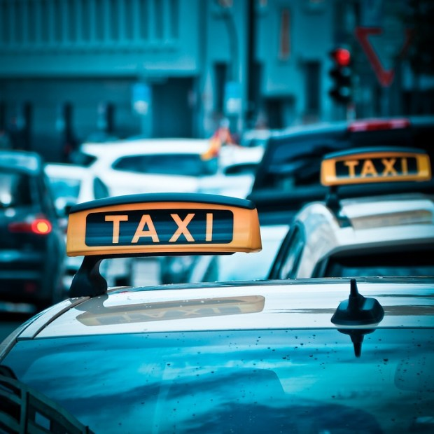 taxi 1515423 960 720 - How organising a night out will change in ten years' time