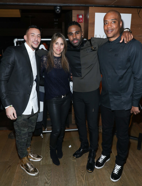 Antonio+Brown+Jason+Derulo+Antonio+Brown+Hold+WvcdTpyDDwXx 002 540x708 - Event Recap: Antonio Brown x Jason Derulo LVL XIII Launch @AntonioisMuted @LVLXIII_BRANDS @JasonDerulo @TaoDowntown