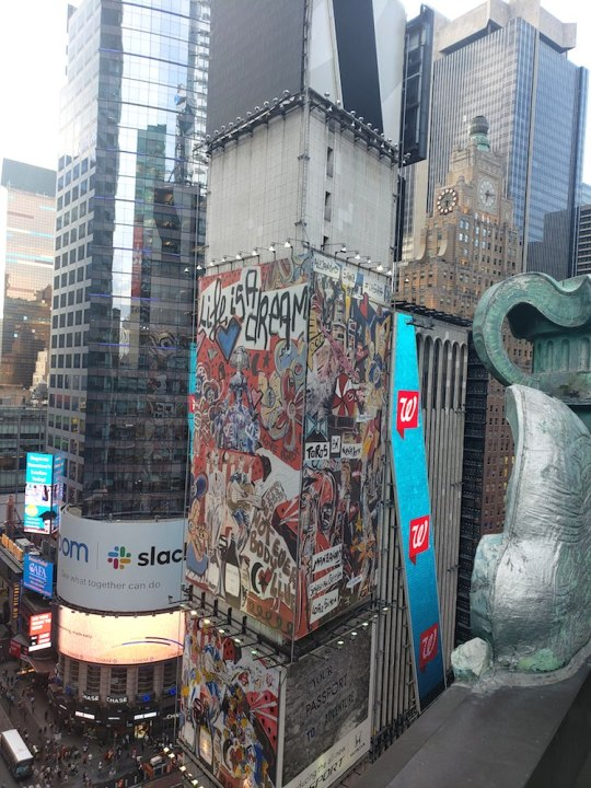 20190826 181528 540x720 - Feature: Domingo Zapata completes of Largest Mural in NYC @domingozapata @IBEROSTAR_ENG #domingozapata