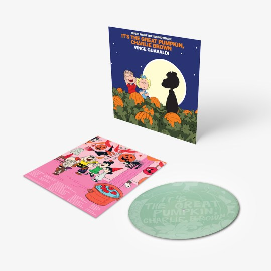 CHARLIE BROWN GREAT PUMPKIN PIC DISC D2C GLOW anim 1800x1800 540x540 - #VinylBase: Craft Recordings to release It's The Great Pumpkin, Charlie Brown on vinyl @craftrecordings @Snoopy #VinceGuaraldi