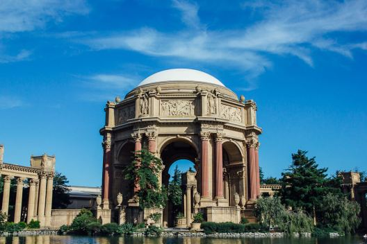 Fun, free and cheap things to do in San Francisco: Visit the palace of fine arts