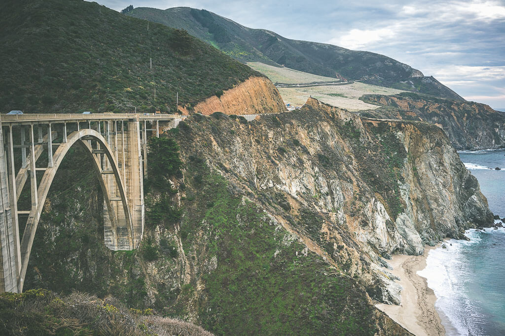 Big Sur road trip stop: essential Bixby bridge on highway 1 pacific coast