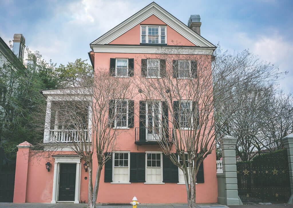 Homes along Charleston battery