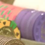 大阪・ミナミでバカラ賭博店開業 店長ら10人逮捕 1日300万円売り上げ
