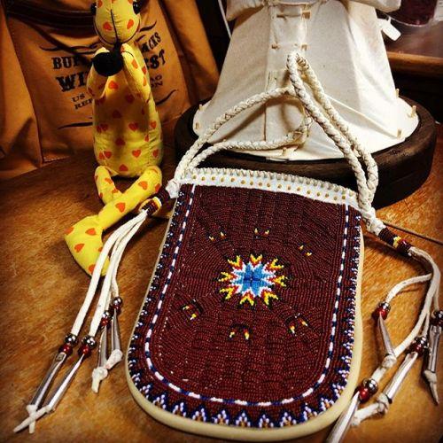 #beadspouch #beadwork #leathercraft #handmade #buffalotracks #junkyclassics #ご注文商品