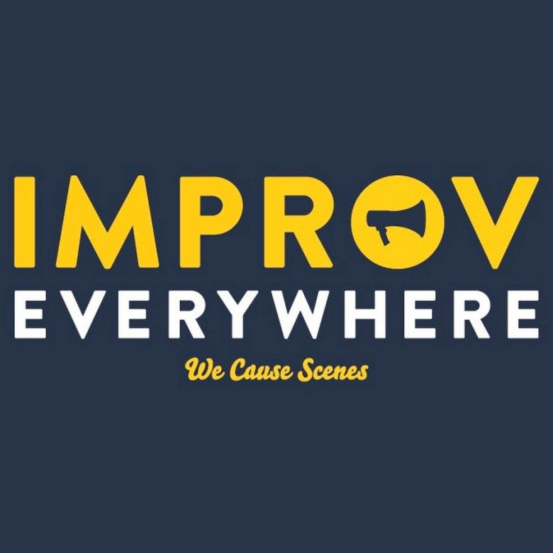 logo improv everywhere