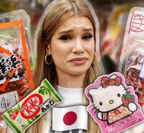 CANADIAN TRIES JAPANESE SNACKS Tokyo Candy Taste Test