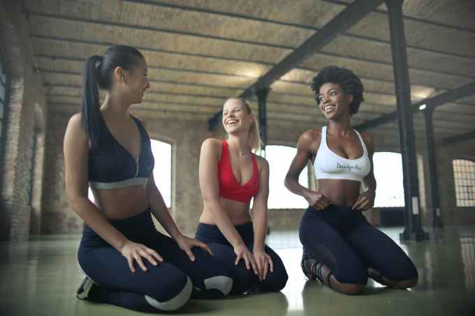 how to boost weight loss, enjoy exercising with friends