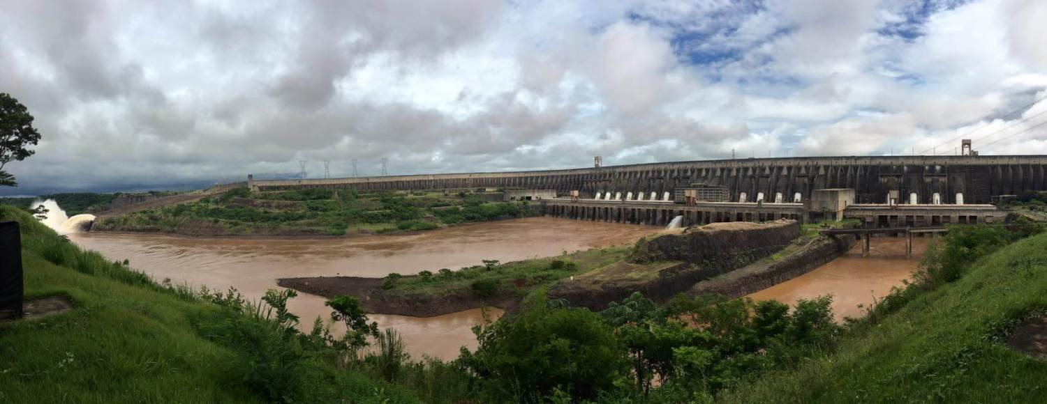 main itaipu dam panorama, itaipu dam spillways working