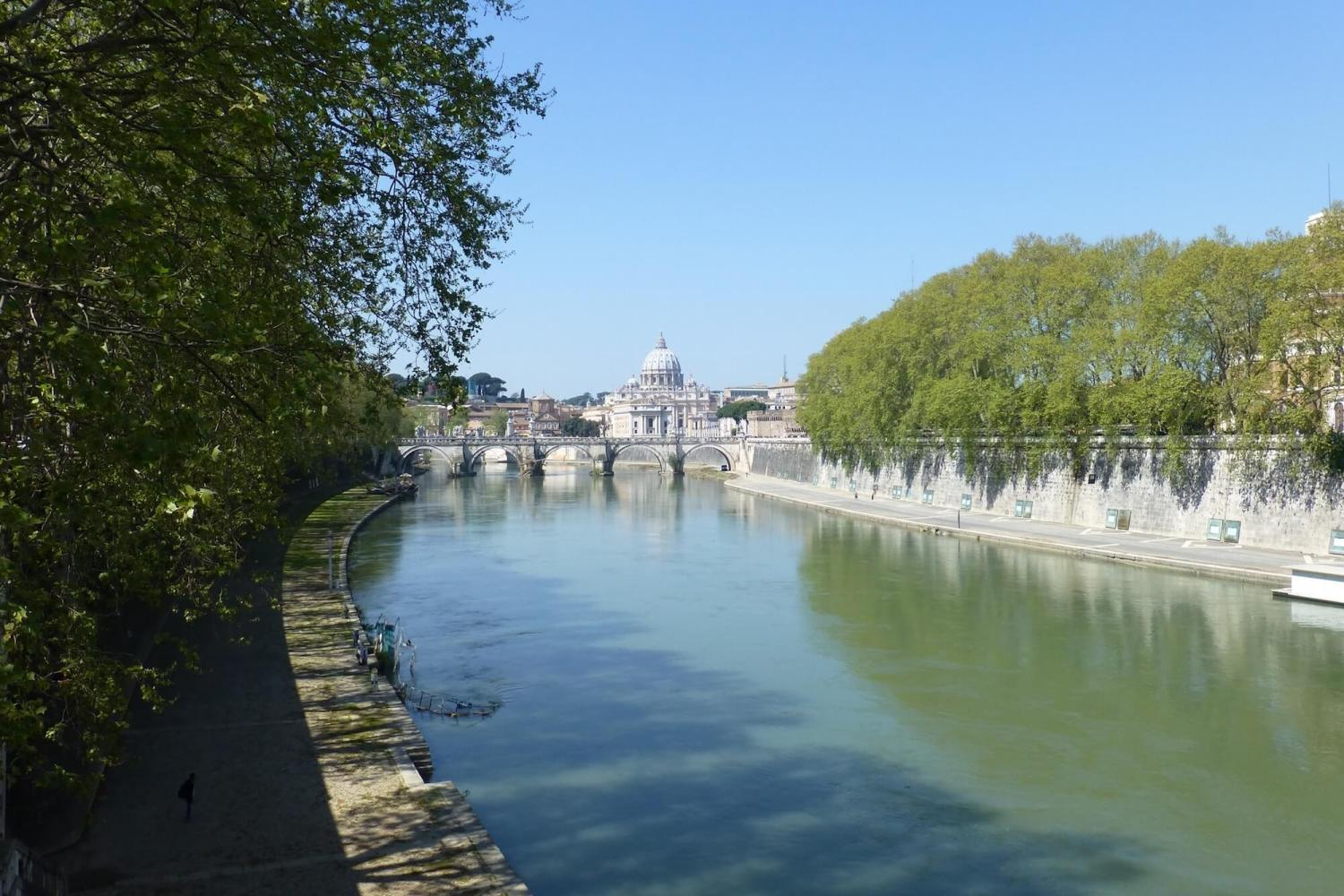 tiber river, st pauls cathedral, looking at st pauls over tiber river