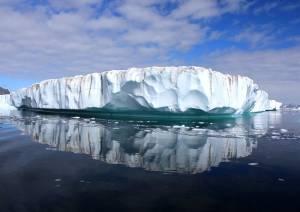 Greenland ice sheet. Photo Christine Zenino/Creative Commons