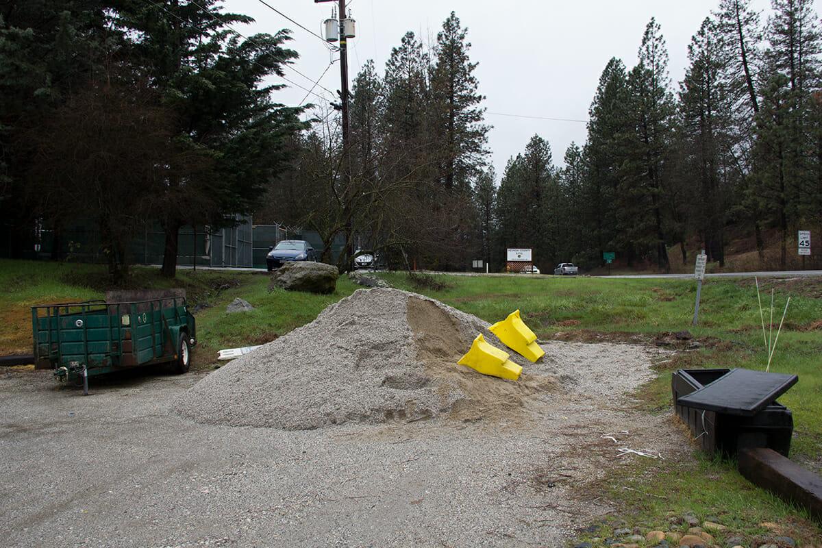 Tech :  Nevada County OES propose des sacs de sable gratuits et des conseils d'hivernage – YubaNet  , avis