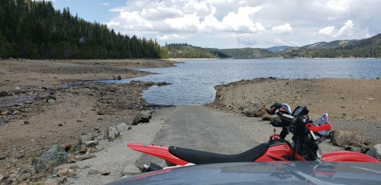 Water is low, and runoff has ceased - mid-May at Jackson Meadows Reservoir, elevation 6,100 feet.